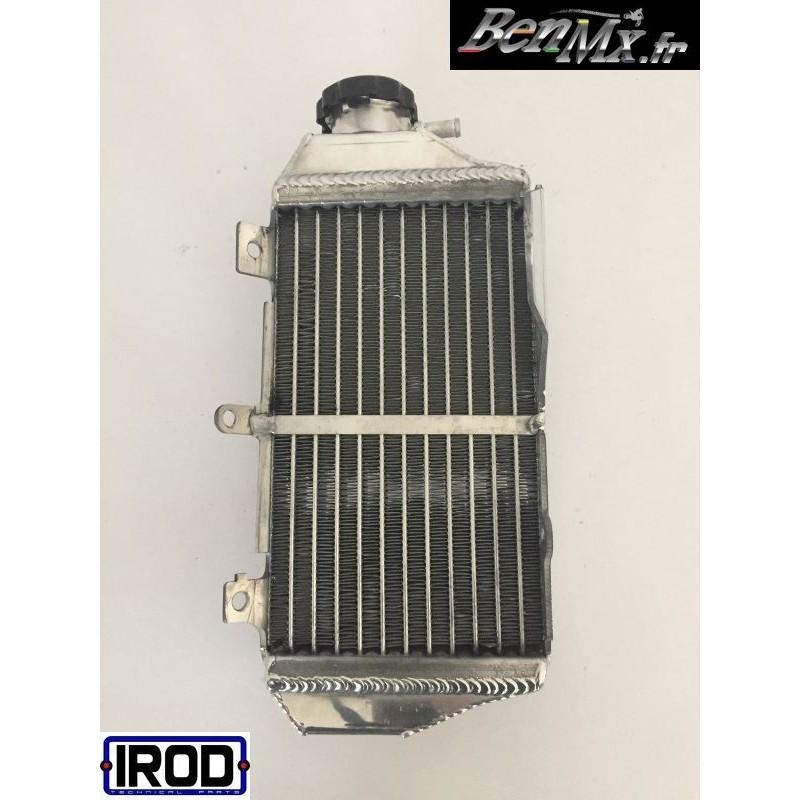 78134635 OU/ÏES DE RADIATEUR ROUGE CRF450X